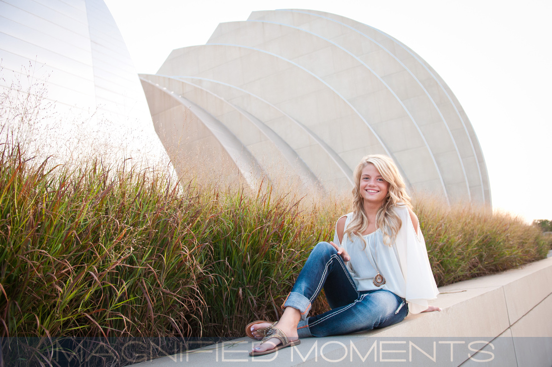 Kansas City, High School Senior Portraits, Senior Pictures, Lansing, Awesome, Fun, Professional, Prairie Village, Overland Park, Leawood, Awesome Senior Pics, Affordable, Magnified Moments, Doring Photography, Pretty, Gorgeous, Beautiful, KC, Adrienne Doring, Fine Art, Professional Headshots, Model, Portfolio, Family Portraits, Pet Photography, Shawnee Mission, Olathe, Lenexa, Missouri, Downtown Kansas City, River Market, City Market, Crown Center, Crossroads, Kauffman Performing Arts Center, Country, Red Brick